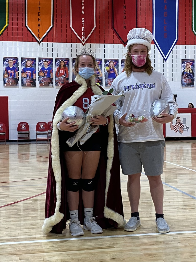 2020 Homecoming Queen Hailey Johnson and King Nick Loesel